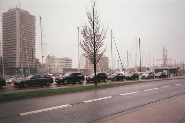 Photos de Hollande et d'ailleurs - Page 2 197_1363555430_039-cortage_parking_ragularita_-_e026_23a