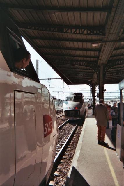 Photos de Hollande et d'ailleurs - Page 2 197_1363556366_052-tgv_-_h024_21a