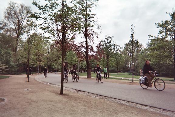 Photos de Hollande et d'ailleurs - Page 2 197_1371313130_075-3-009_6a